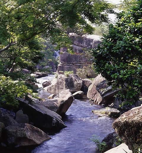 男湯・黒部渓谷の湯