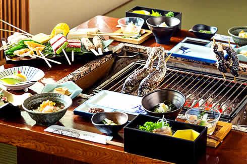 夕食一例(デラックスプラン・白山炭火焼)